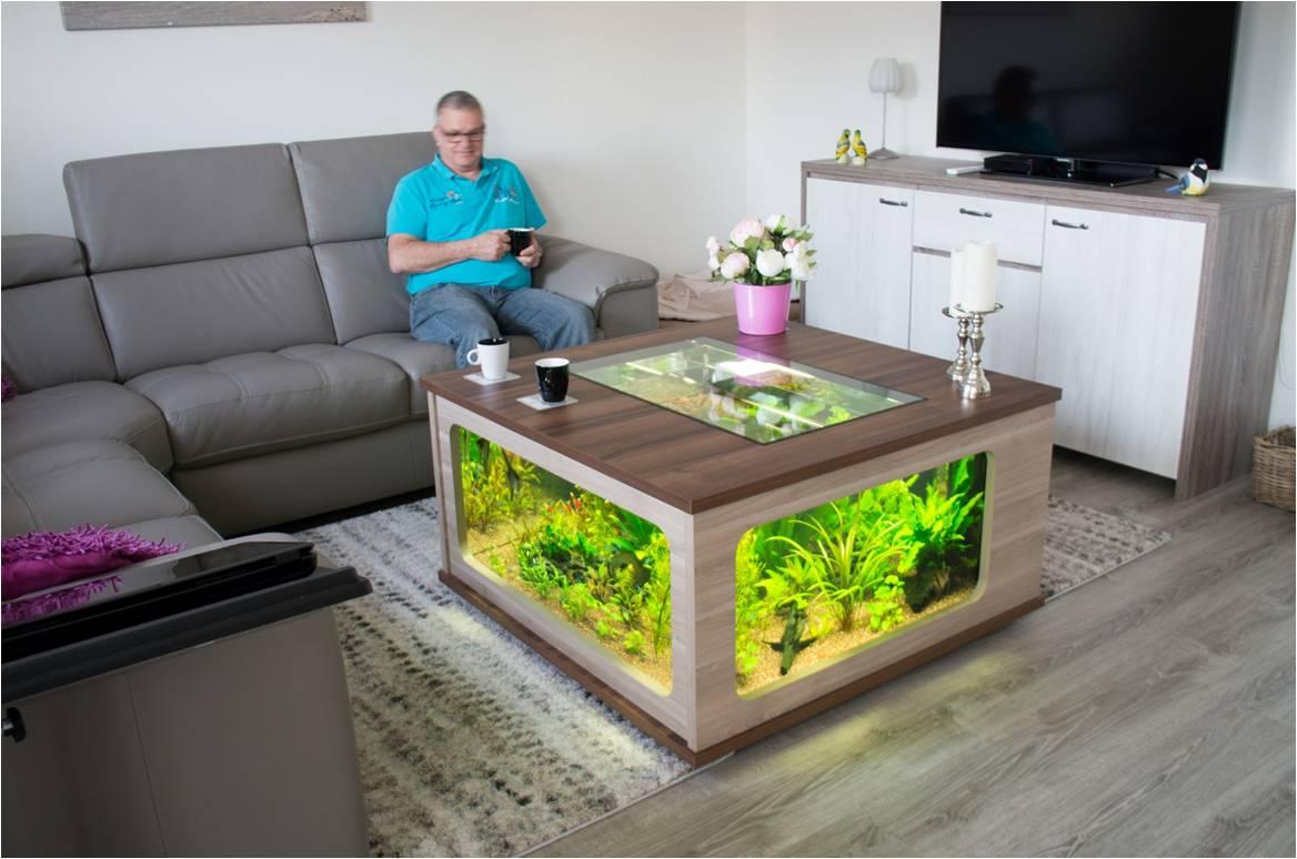 aquarium tafel tweedehands steigerhouten boekenkast op. Black Bedroom Furniture Sets. Home Design Ideas